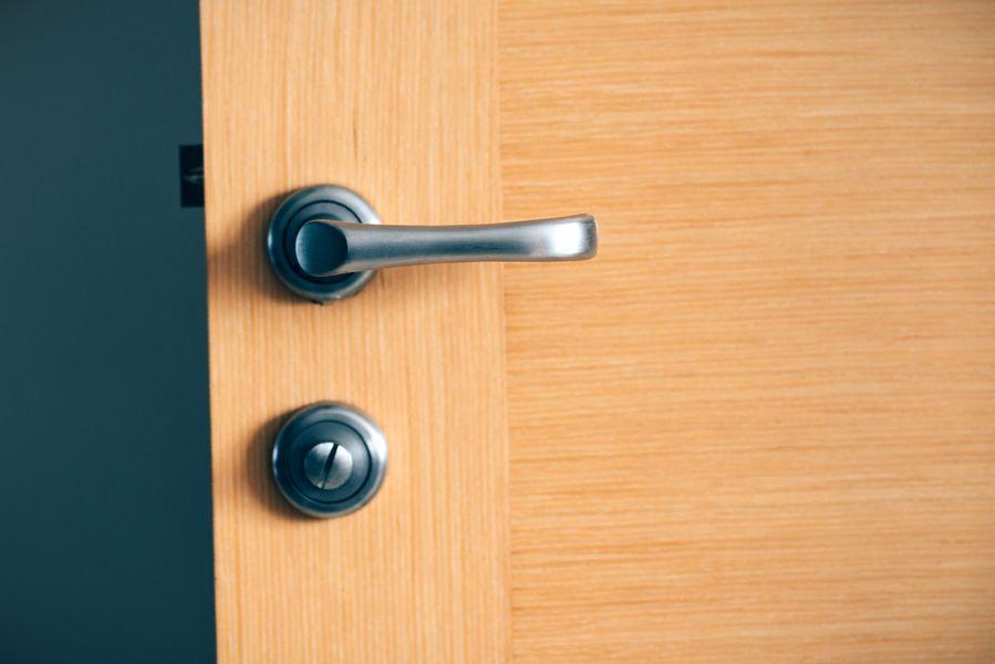 limpiar puerta pvc