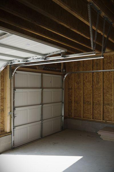 normativa puertas garaje